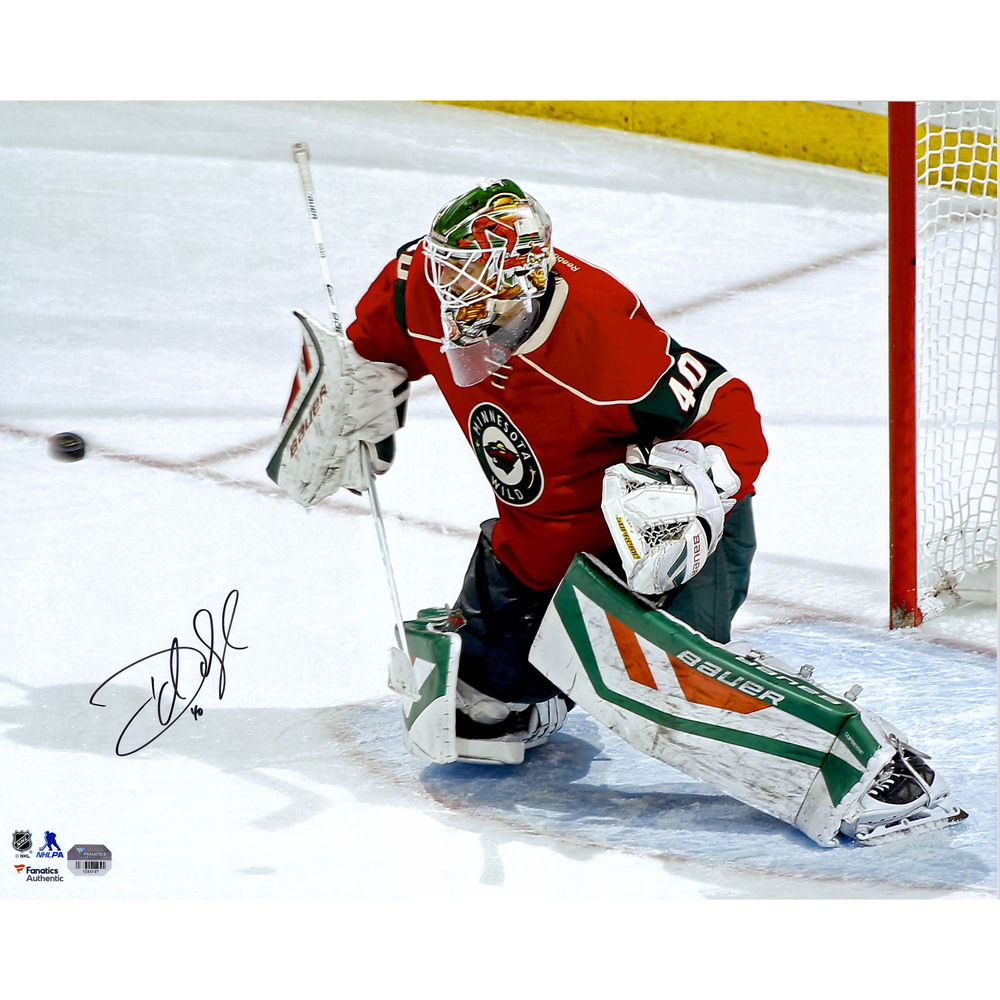 Devan Dubnyk Minnesota Wild Autographed 16