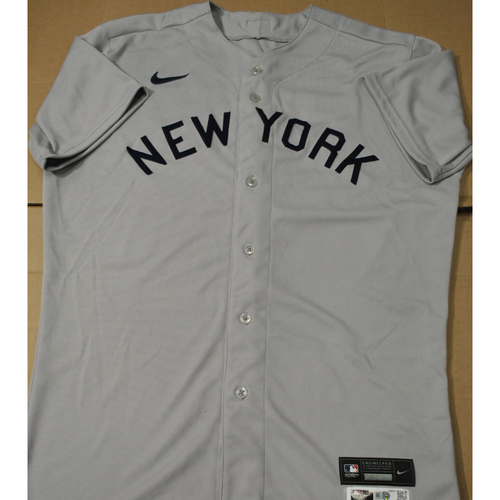 Photo of 2021 New York Yankees vs. Chicago White Sox in Dyersville, Iowa - Game-Used 1919 Throwback Jersey - Chad Green - Size 46