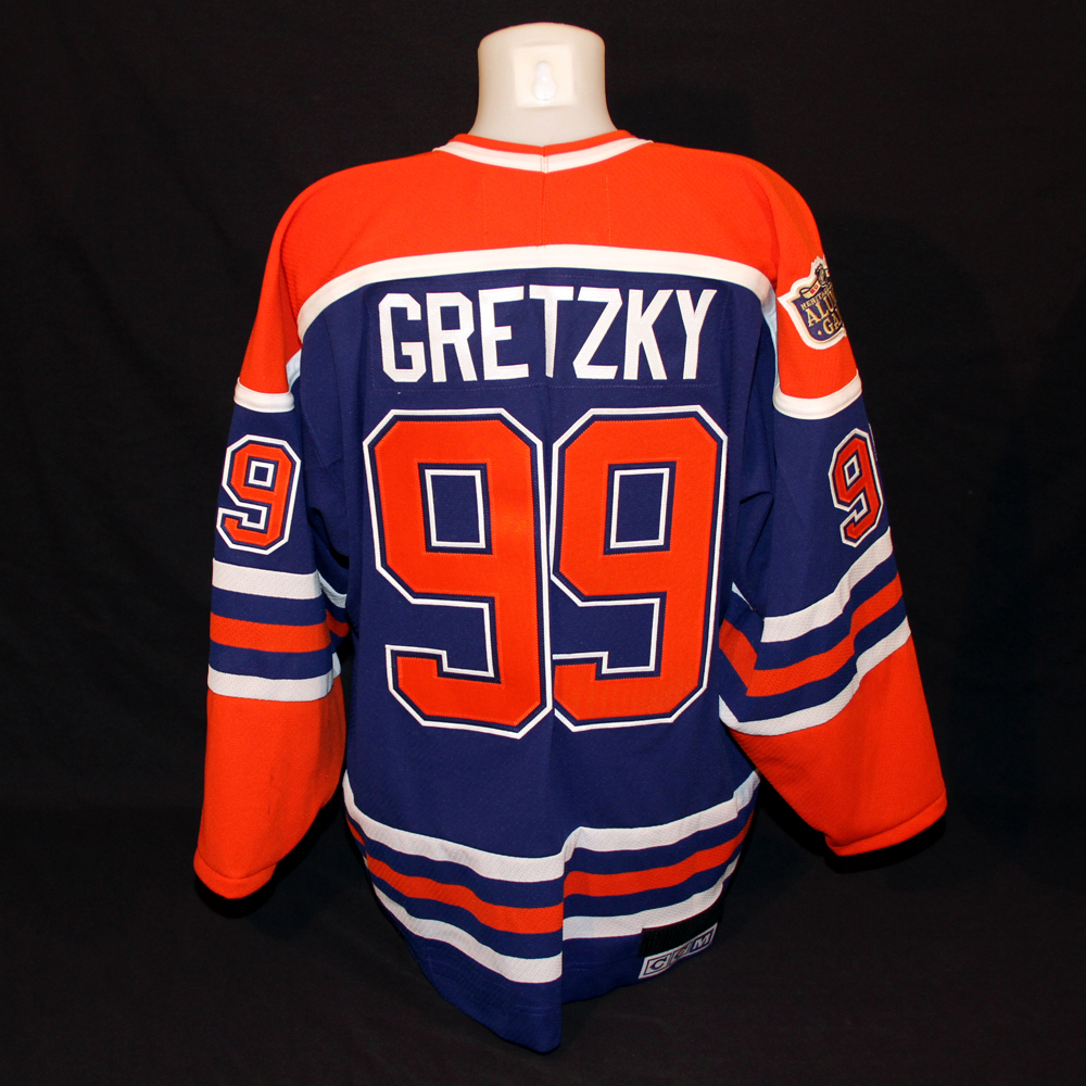 huge discount 15e9f 756dd Wayne Gretzky #99 - 2016 NHL Heritage Classic Alumni Game ...