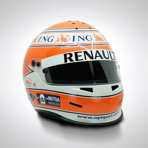 Photo of Nelson Piquet Jr 2009 1:1 Replica Helmet