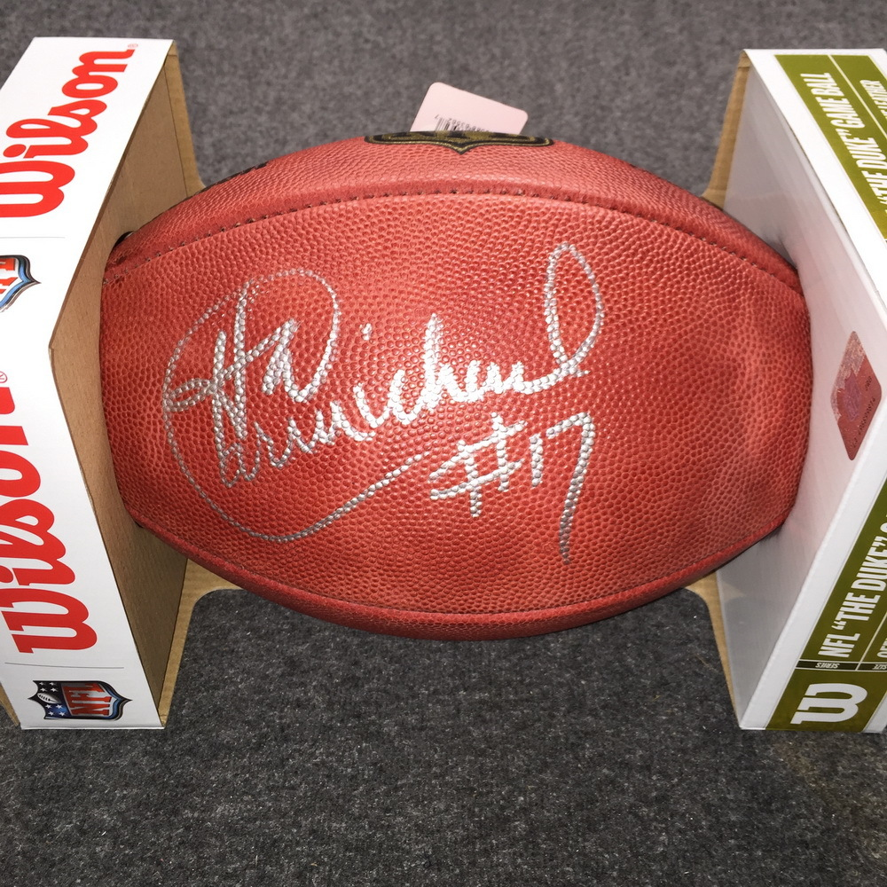 NFL - Eagles Harold Carmichael signed authentic football
