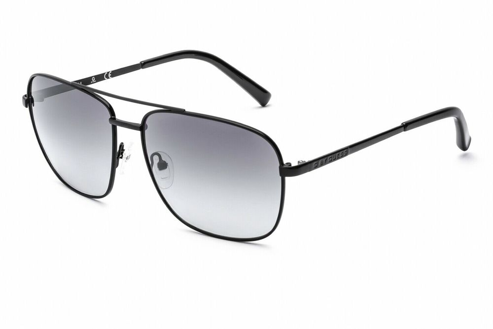 Photo of GUESS BY GUESS Sunglasses