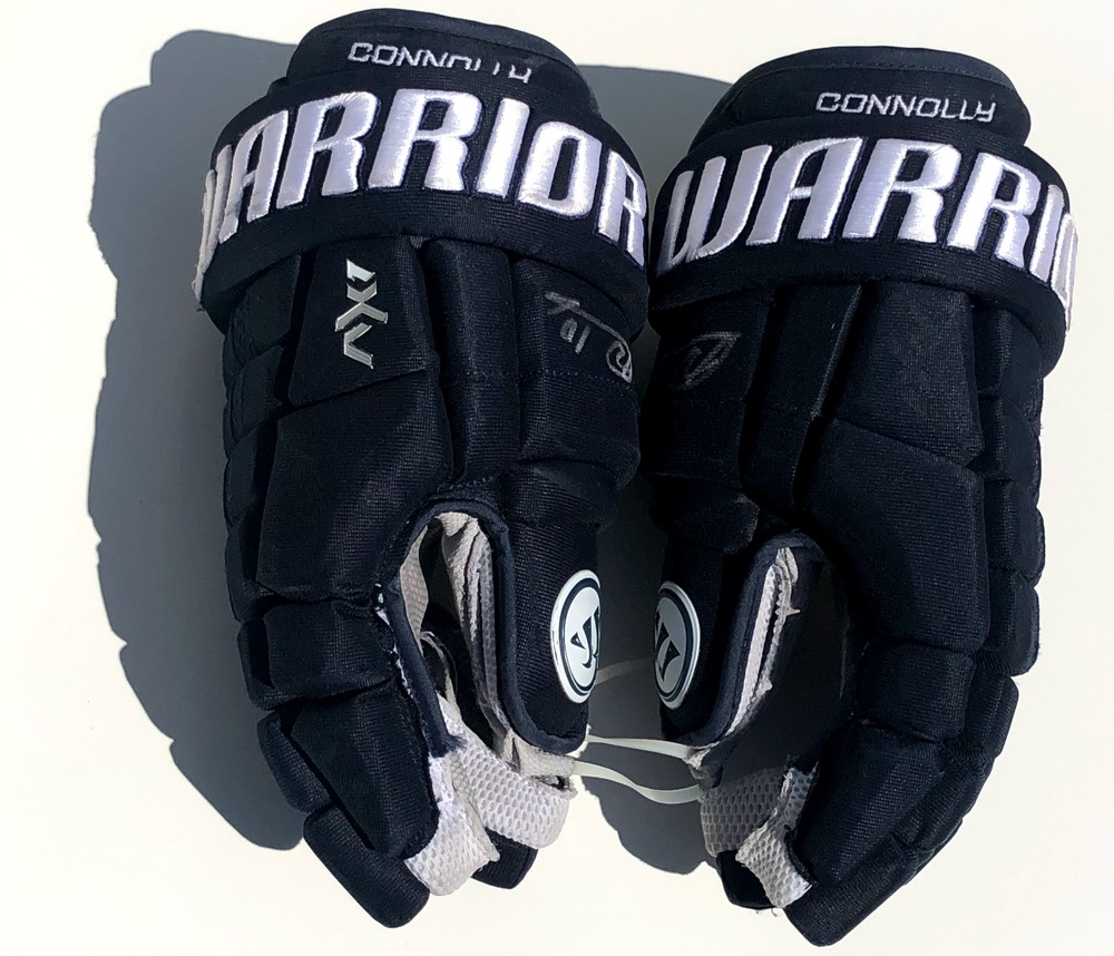 #10 Brett Connolly Game Used Autographed Gloves - Brett Connolly
