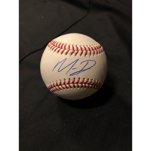 Giants Community Fund: Mauricio Dubon Autographed Ball