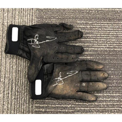 Photo of 2019 Autographed Team Issued Batting Gloves - Donovan Solano