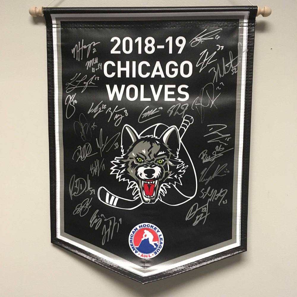2018-19 Chicago Wolves Team-Signed Banner