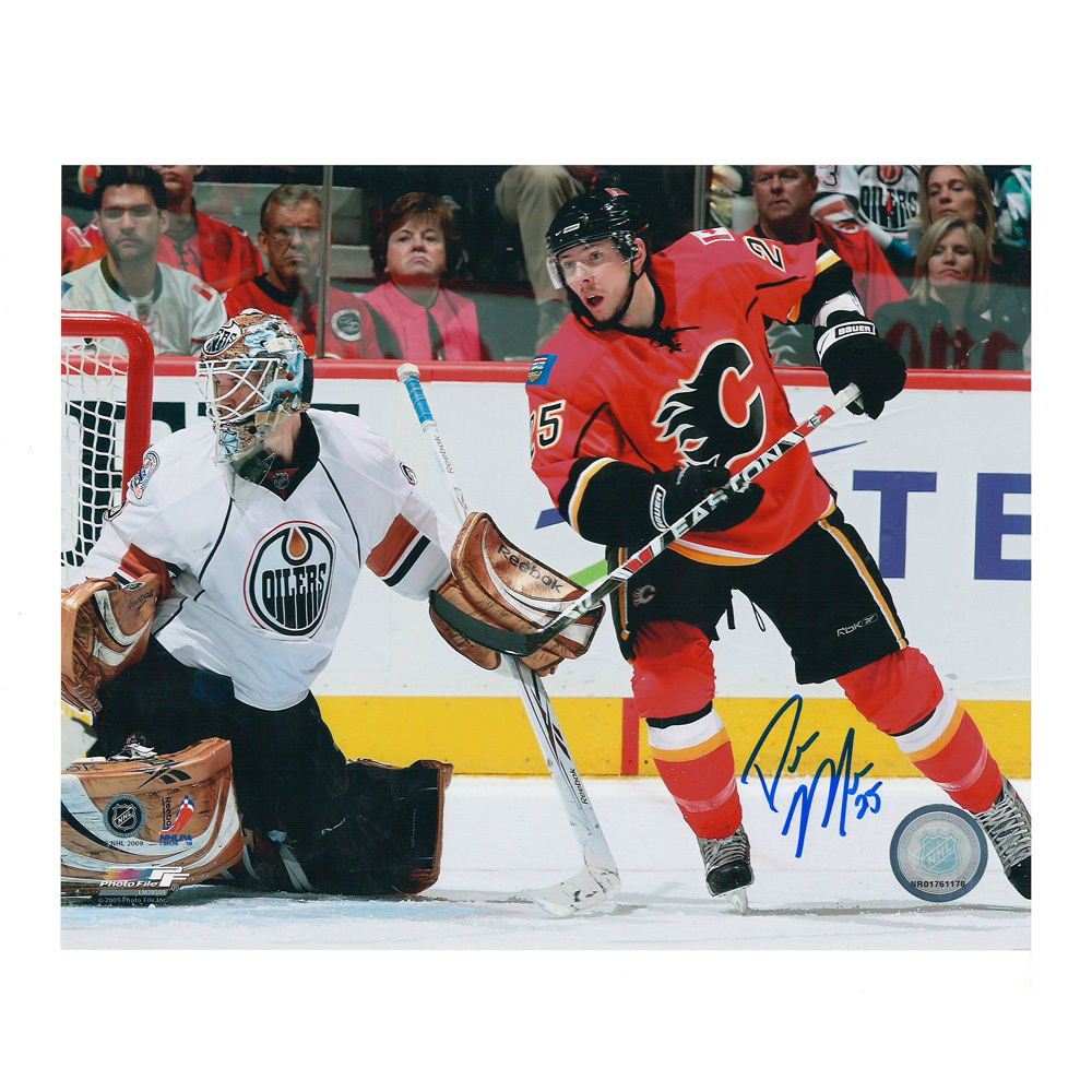 DAVID MOSS Signed Calgary Flames 8 X 10 Photo - 70329