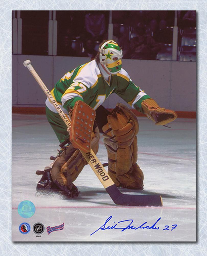 Gilles Meloche Minnesota North Stars Autographed 8x10 Photo