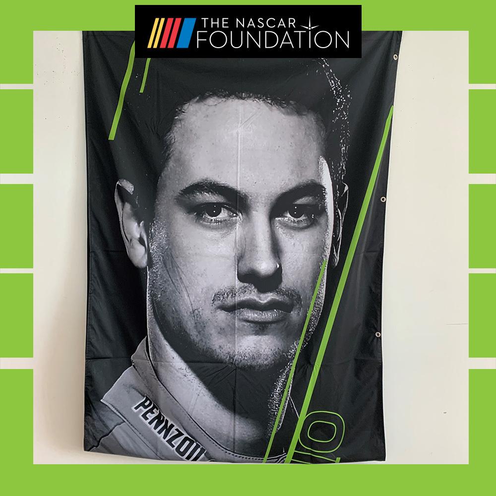 NASCAR's Joey Logano 2018 MENCS Playoff Banner!