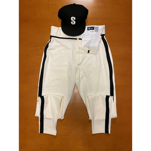 Photo of 2021 Game Used Seattle Steelheads Salute to Negro Leagues Cap and Team Issued Pants - #3 JP Crawford
