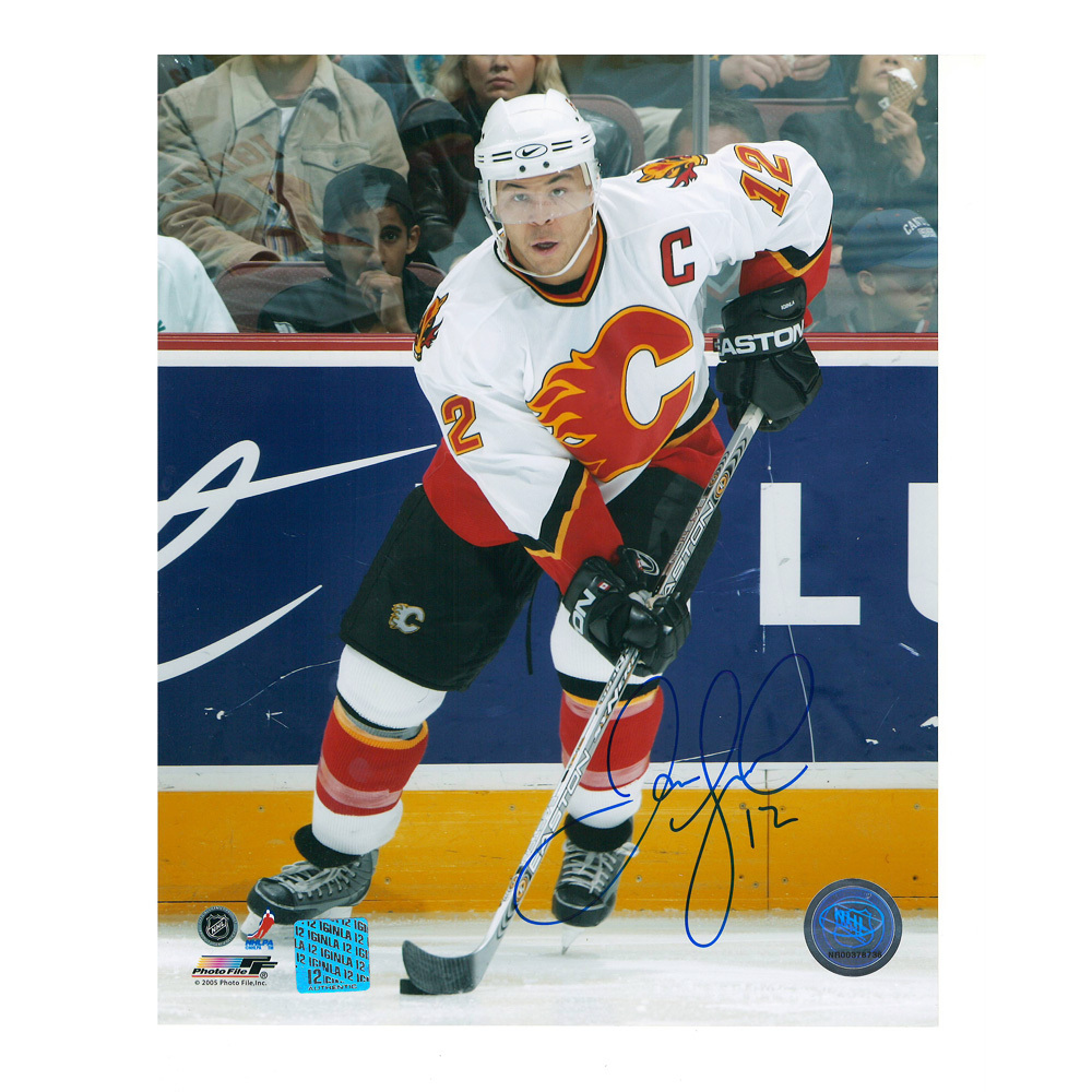 JAROME IGINLA Signed Calgary Flames 8 X 10 Photo - 70340