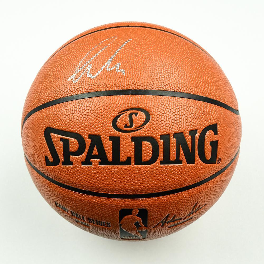 5396c8b633ec Luka Doncic - Dallas Mavericks - 2018 NBA Draft Class - Autographed  Basketball