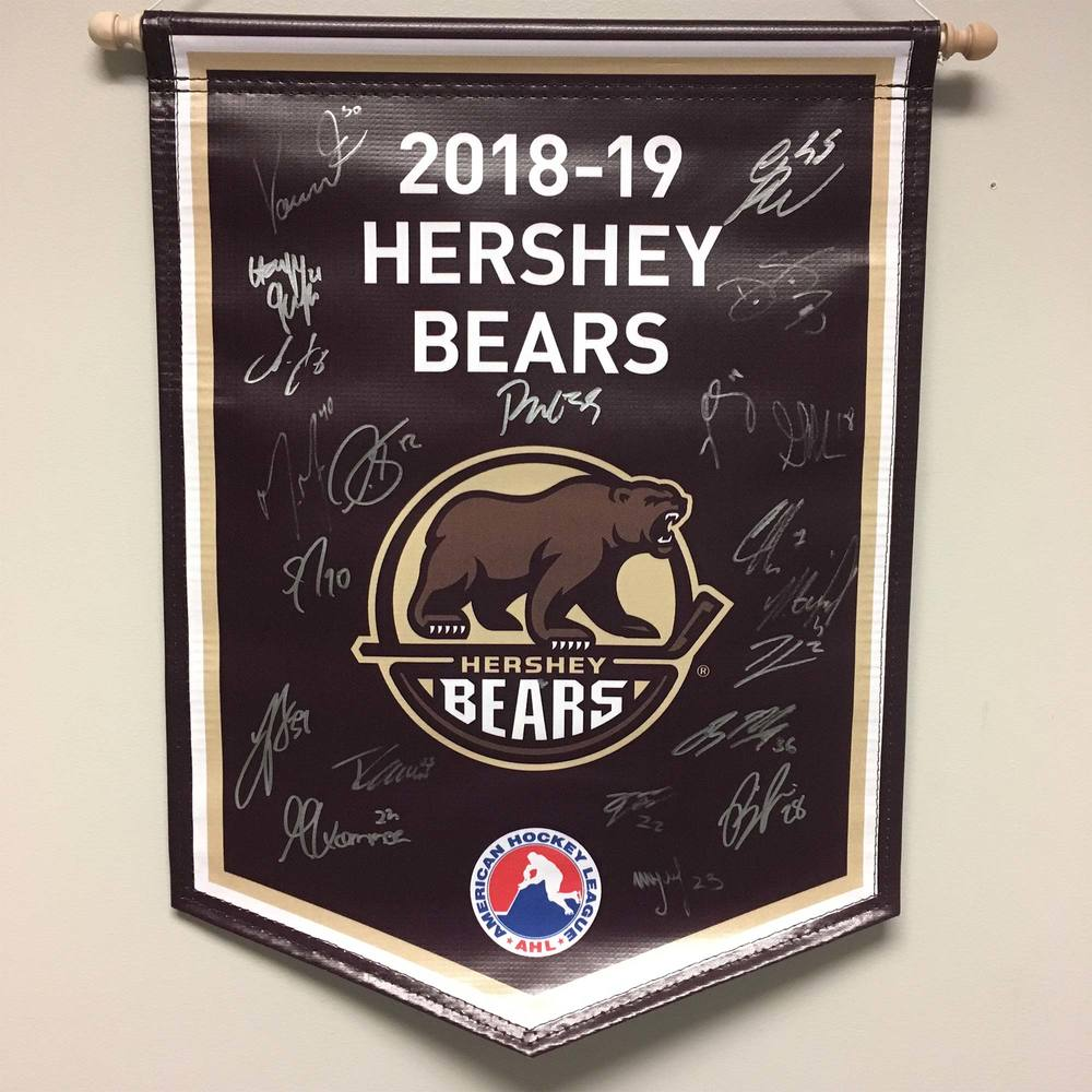 2018-19 Hershey Bears Pack Team-Signed Banner