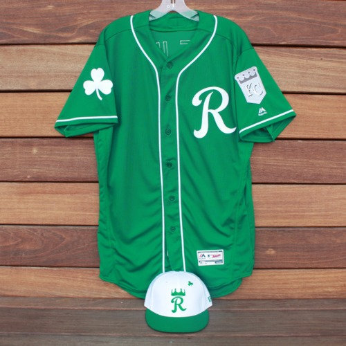 Photo of Team-Issued Saint Patrick's Day Jersey and Game-Used Cap: Erick Mejia (KC @ SF - 3/17/19 - Jersey Size 44 - Cap Size 7)