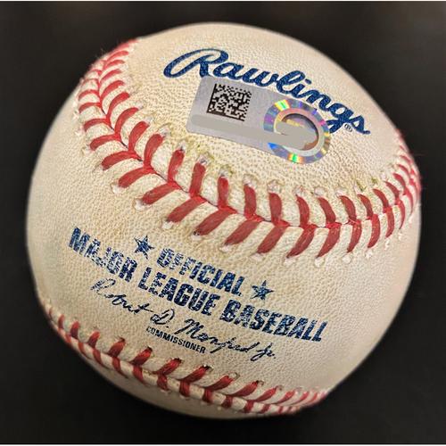 Photo of Oscar Hernandez Kansas City Royals Single Baseball (MLB AUTHENTICATED)