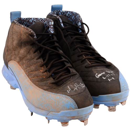 Photo of Mookie Betts Boston Red Sox Game-Used Blue and Black Cleats from the 2017 MLB Season with Multiple Inscriptions