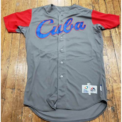 Photo of 2017 World Baseball Classic Game Used Jersey - Yoshany Torres - Size 48 (Cuba)