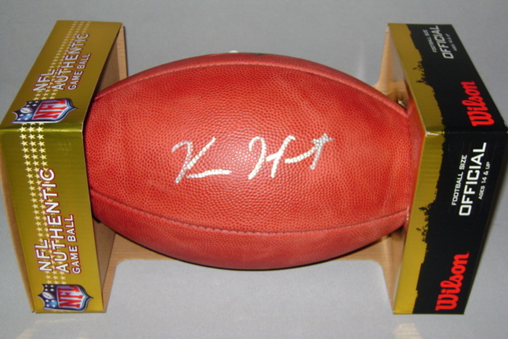 NFL - BROWNS KAREEM HUNT SIGNED AUTHENTIC FOOTBALL