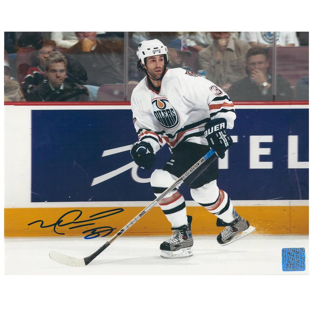 MICHAEL PECA Signed Edmonton Oilers 8 X 10 Photo - 70351