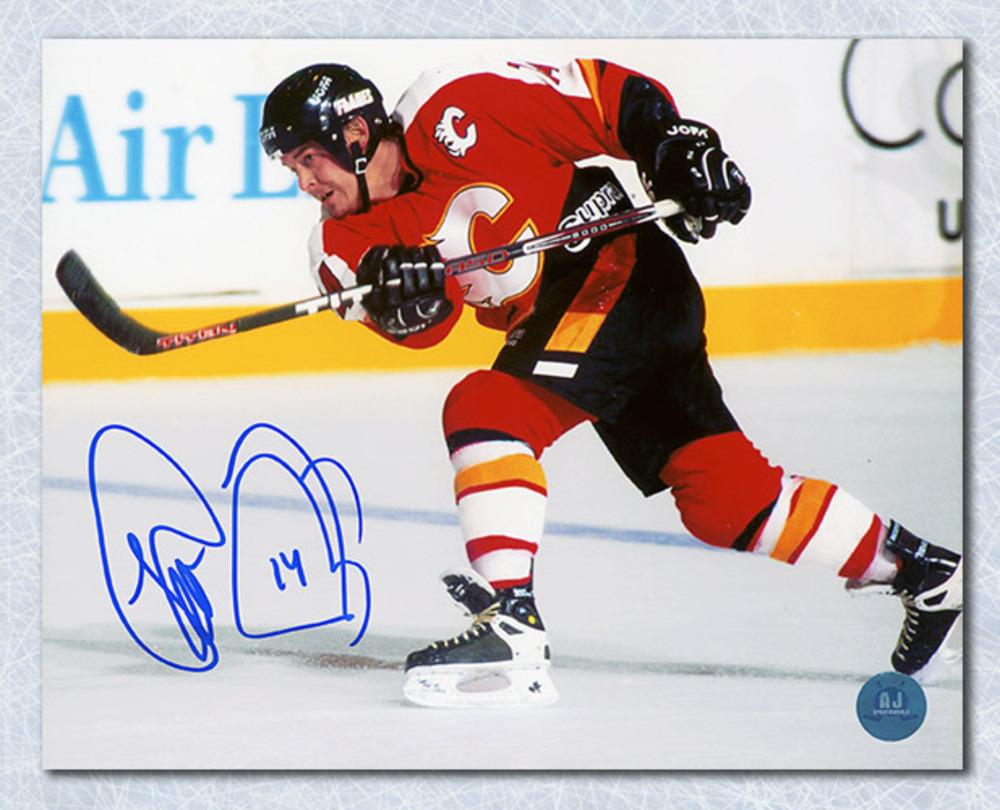 Theo Fleury Calgary Flames Autographed Shooting 8x10 Photo