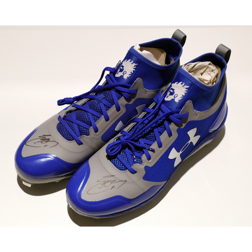 Compton Youth Academy Auction: Eric Hosmer Signed Cleats