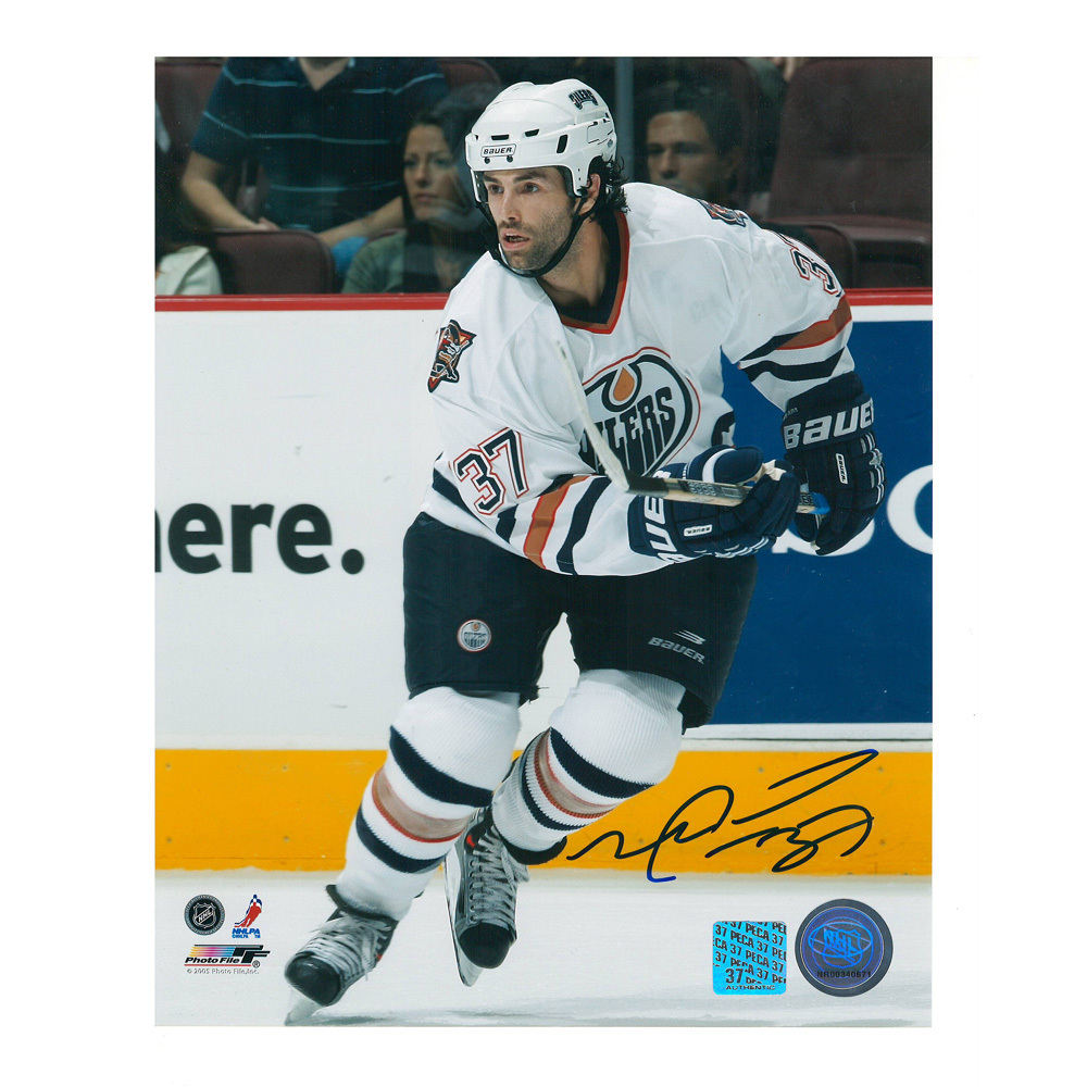 MICHAEL PECA Signed Edmonton Oilers 8 X 10 Photo - 70357