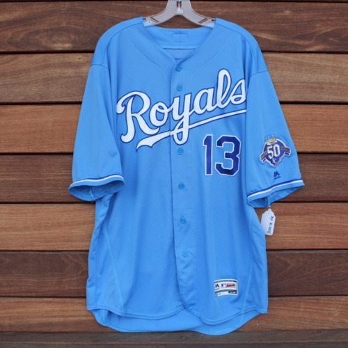 Photo of Game-Used Jersey: Salvador Perez (CLE @ KC - 9/30/2018 - Size 48)