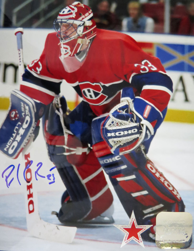 Patrick Roy Signed Montreal Canadiens POSE 8x10