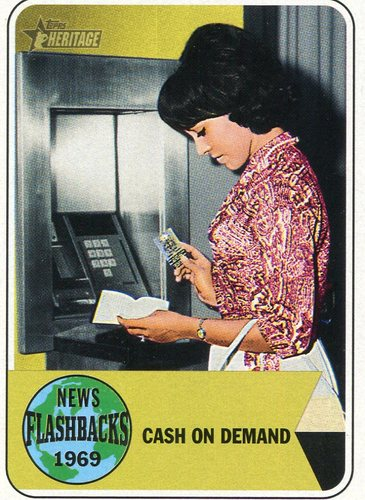 Photo of 2018 Topps Heritage News Flashbacks #NF7 Automated Teller Machine