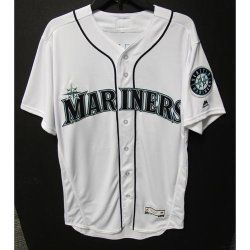 online store fe637 6cafd Mariners Auctions | Seattle Mariners Ichiro Suzuki Team ...