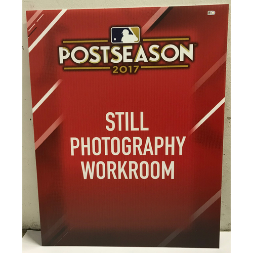 Photo of Postseason 2017 Still Photography Workroom Signage
