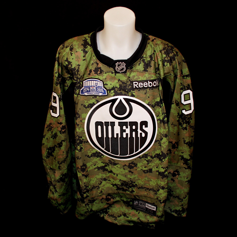 Connor McDavid  97 - Autographed 2015-16 Edmonton Oilers Pre-game Warm Up  Worn Canadian Armed Forces Appreciation Night Camouflage Jersey cec69f9ac
