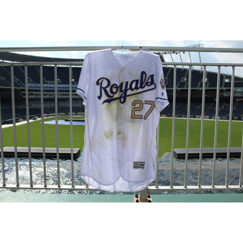 Photo of Game-Used Jersey: Adalberto Mondesi 11th Career Home Run and 94th Career Hit (Size 44 - MIN @ KC - 9/14/18)