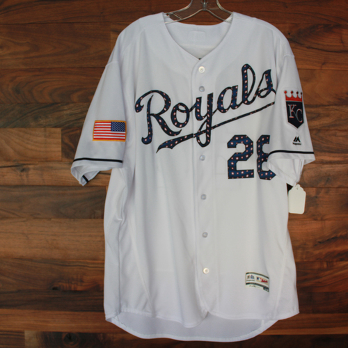 Photo of Game-Used Stars and Stripes Jersey: Pedro Grifol (Size 48 - CLE @ KC - 7/4/18)