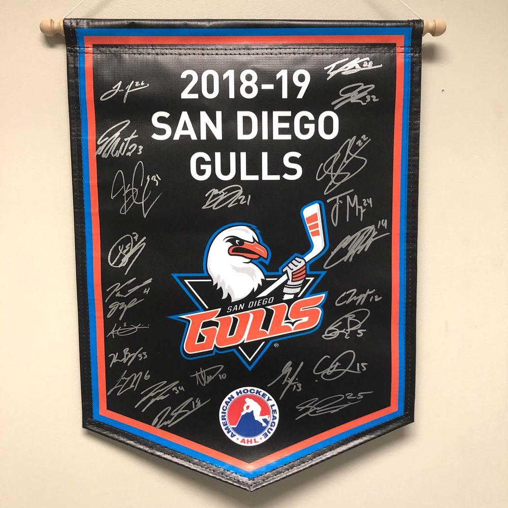 2018-19 San Diego Gulls Team-Signed Banner