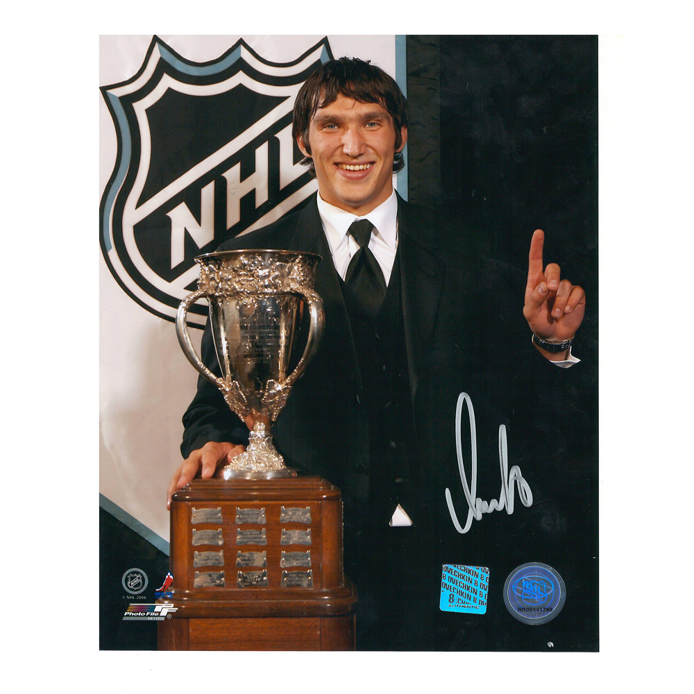 ALEXANDER OVECHKIN Signed Washington Capitals 8 X 10 Calder Photo -70383