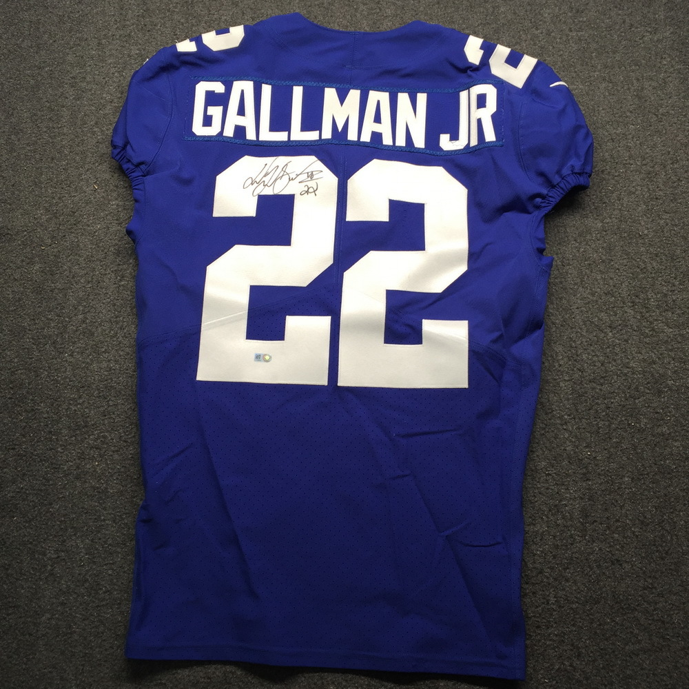 STS - Giants Wayne Gallman Signed and Game Issued Jersey Size 40