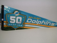DOLPHINS - LAMAR MILLER SIGNED DOLPHINS PREMIUM PENNANT (CREASES ON PENNANT)