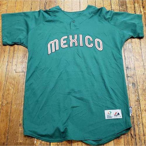 Photo of 2013 World Baseball Classic Game Used Jersey - Yovani Gallardo - Size 48 (Mexico)