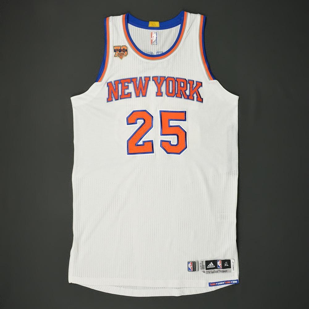 reputable site cfaaa b9cc6 Derrick Rose - New York Knicks - Game-Worn Jersey - 2016-17 ...