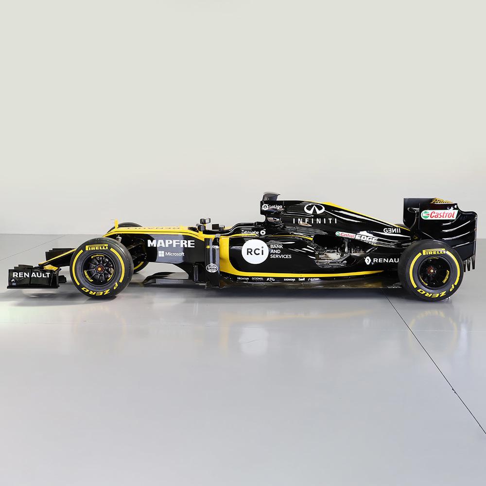 Official Renault F1 Team R.S.18 Ex-Race Car Build