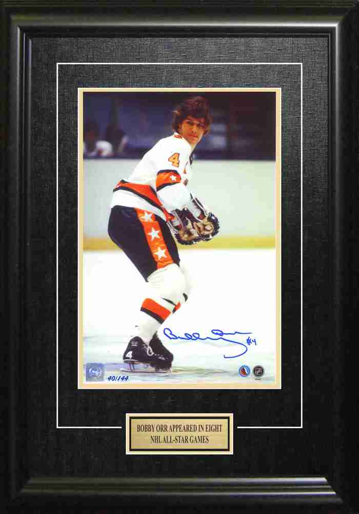 Bobby Orr - Signed & Framed 8x12