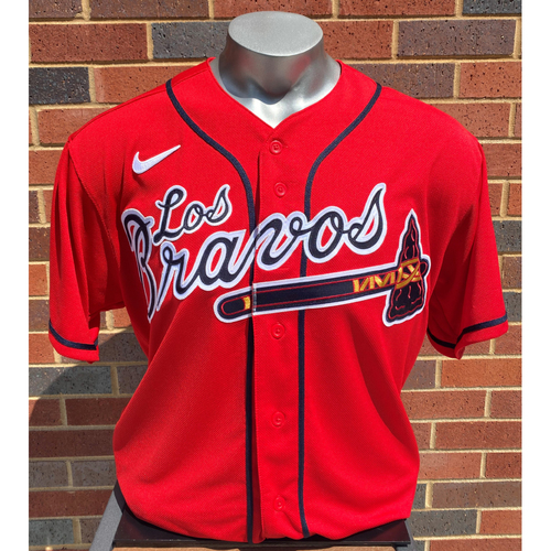 Photo of Chris Martin MLB Authenticated Team-Issued Los Bravos Jersey