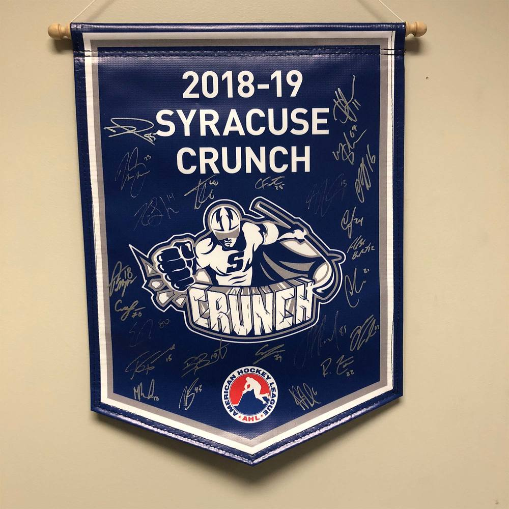 2018-19 Syracuse Crunch Team-Signed Banner