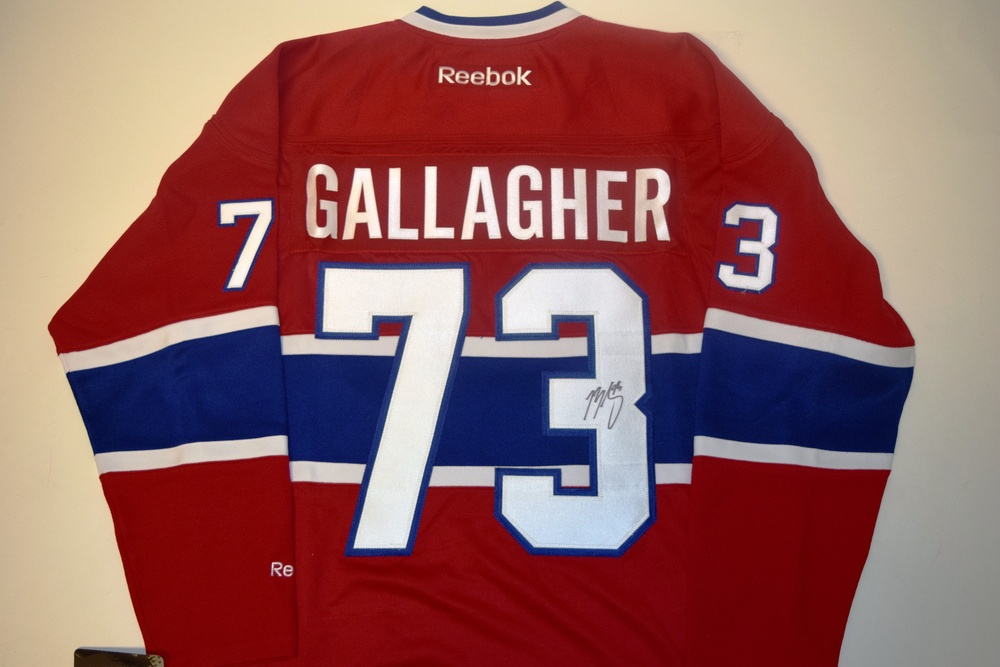 d7bc690b8 ... greece chandail des canadiens autographié par brendan gallagher 73  brendan gallagher autographed montreal canadiens jersey 73