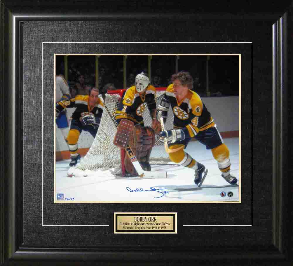 Bobby Orr - Signed & Framed 16x20