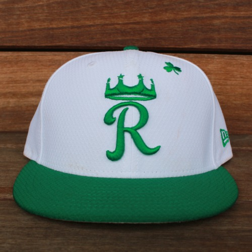 Photo of Game-Used Saint Patrick's Day Cap: Meibrys Viloria (KC @ SF - 3/17/19 - Size 7 1/4)
