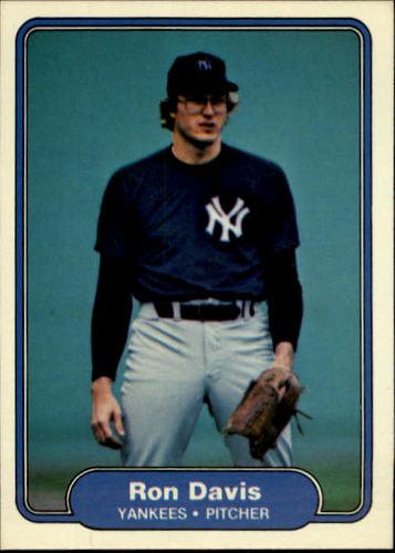 Photo of 1982 Fleer #32 Ron Davis