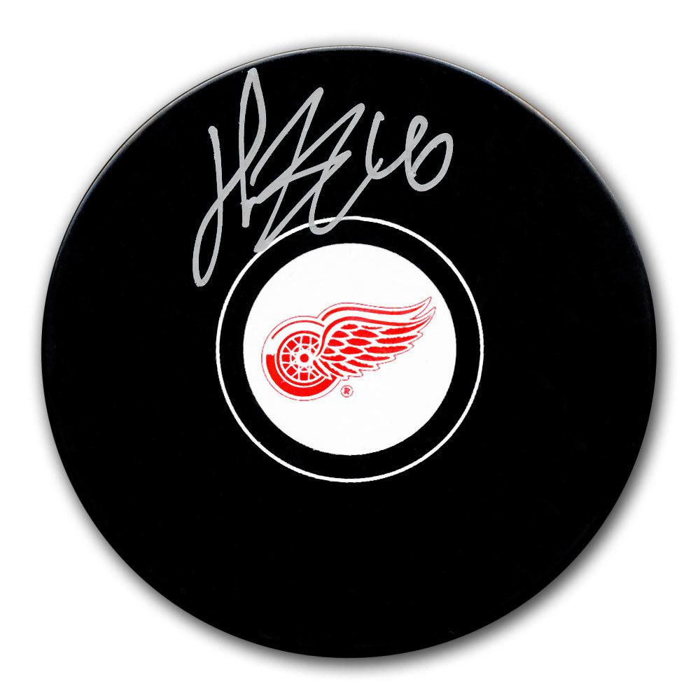 Henrik Zetterberg Detroit Red Wings Autographed Puck