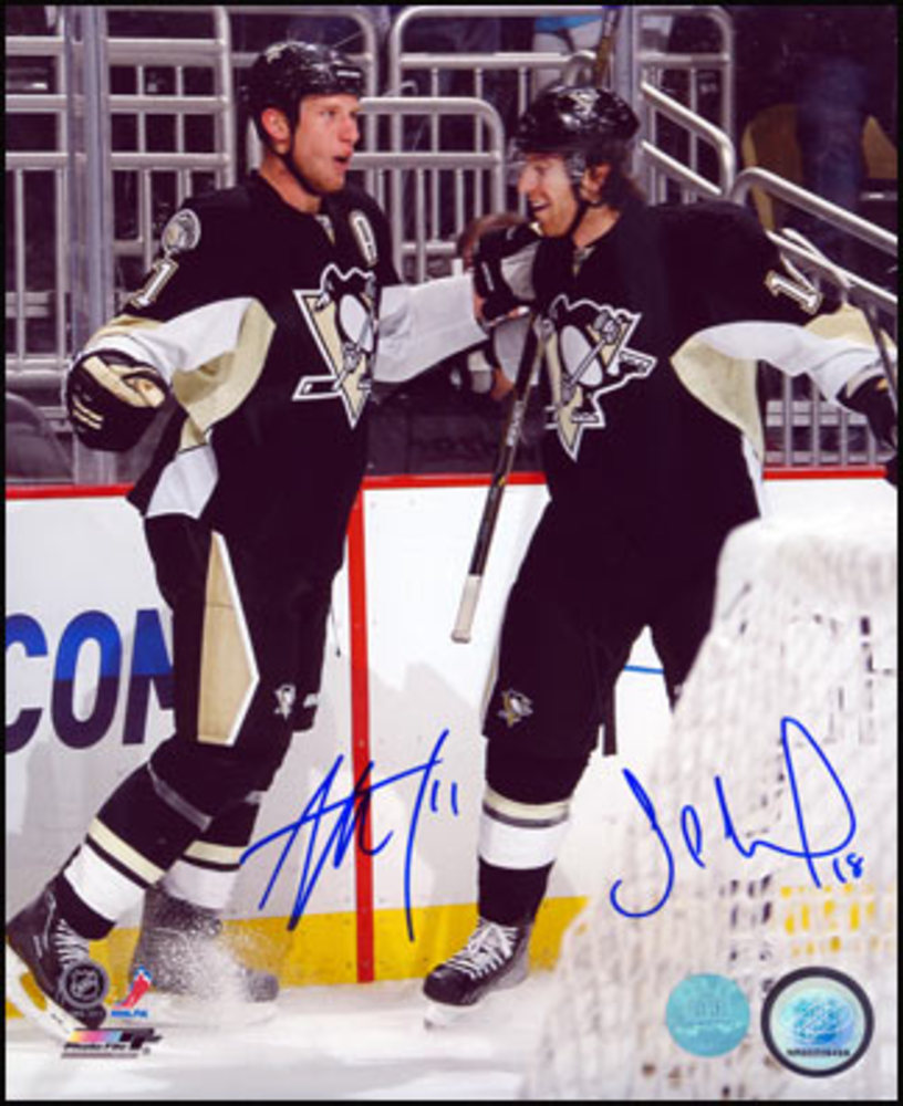 JORDAN STAAL & JAMES NEAL Pittsburgh Penguins Dual Signed 8x10 Celebration Photo